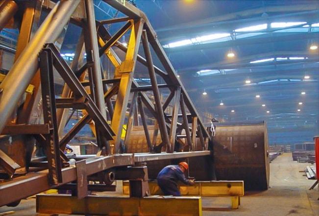 Konstrukcja dźwigu portowego